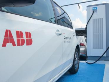 Pušten u rad prvi ABB brzi punjač za električna vozila u Srbiji