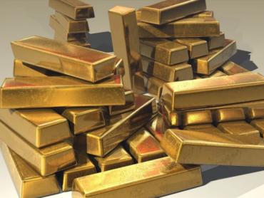 Pandemija diže cenu zlata prema istorijskom maksimumu