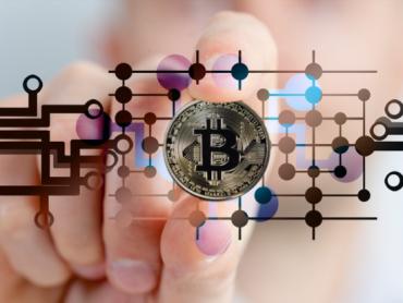 """Bitcoin ispod 30.000 dolara, sa tržišta """"izbrisano"""" 98 milijardi u jednom danu"""