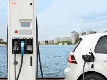 Multi standardni punjači DC/AC - Za punjenje svih serijski proizvedenih električnih vozila