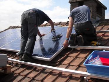 Građani će bez administrativnih taksi i tehničke dokumentacije ugrađivati solarne panele